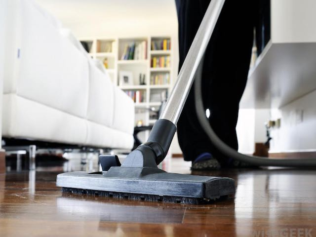 vacuum hardwood floors